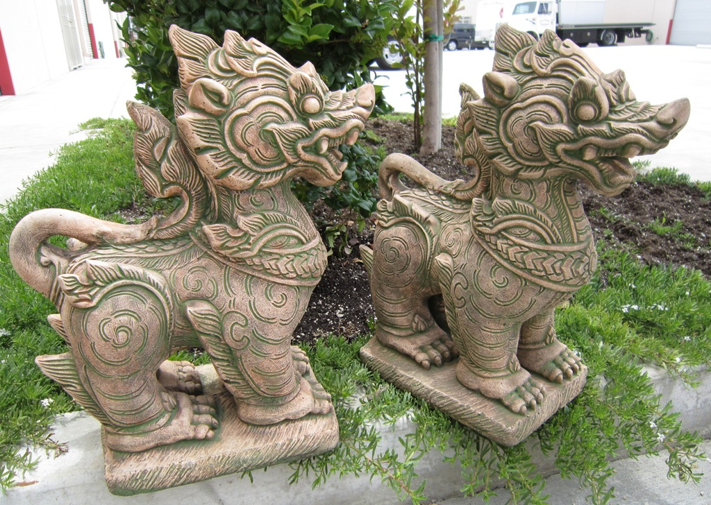 Pair of Foo Dogs Singha Sandstone